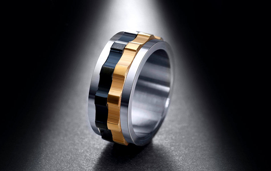 Twist Gold and Black Ring
