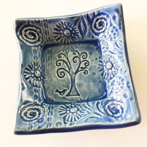 Lorraine Oerth  Co. - Tiny Dish - Tree of Life - Delft Blue