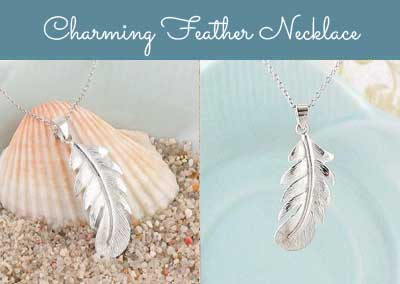 Charming feather necklace