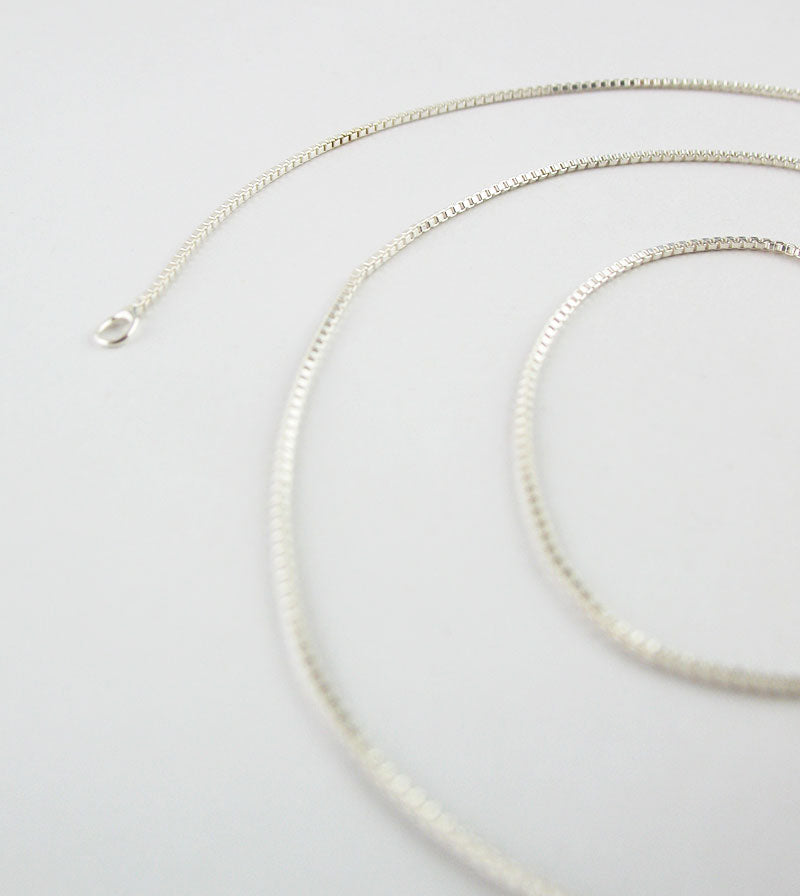 1 mm Unplated Sterling Silver Box Chain