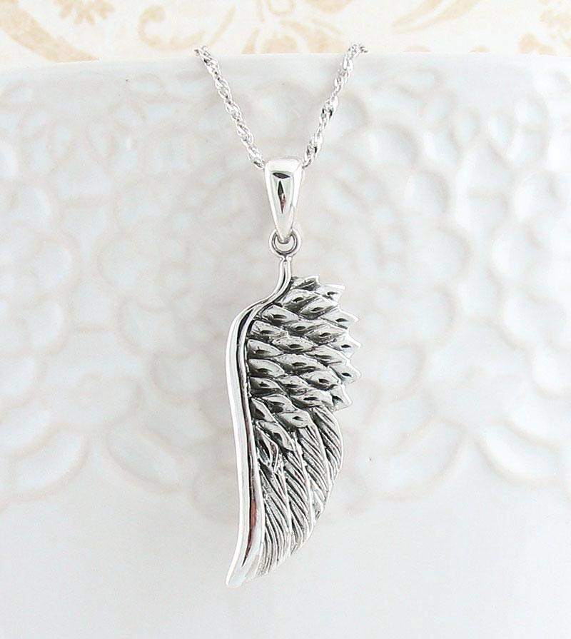 Splendid Angel Wing Necklace - woot & hammy