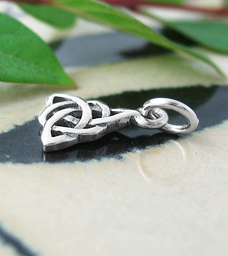 Cut-Out Celtic Triquetra Trinity Knot Charm / Pendant | Woot & Hammy