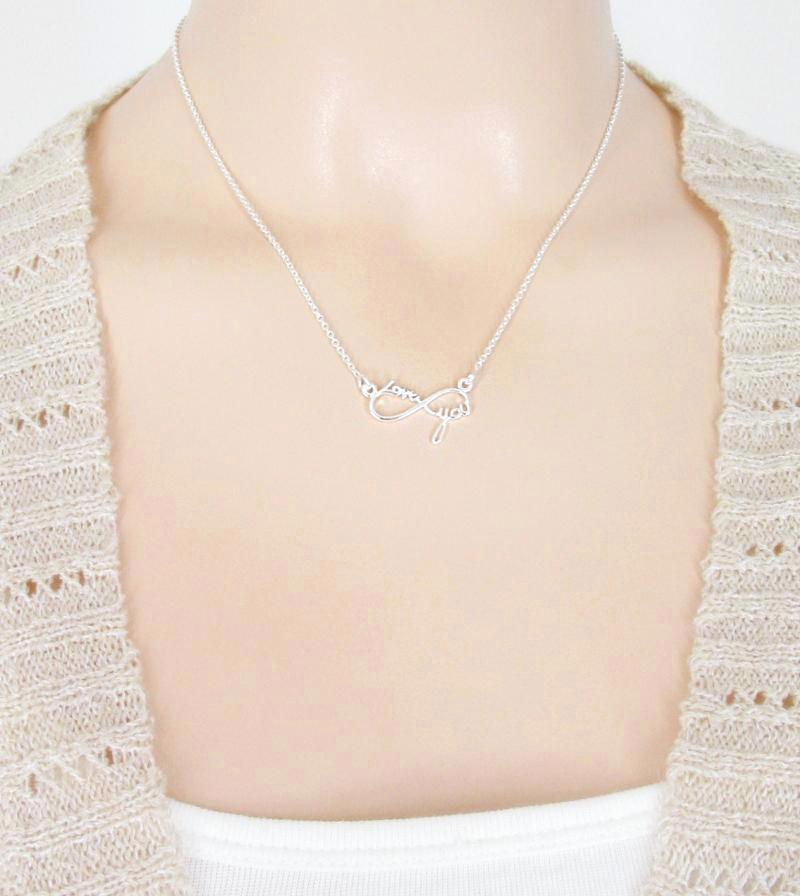 "Infinity Necklace with ""Love You"" Message 