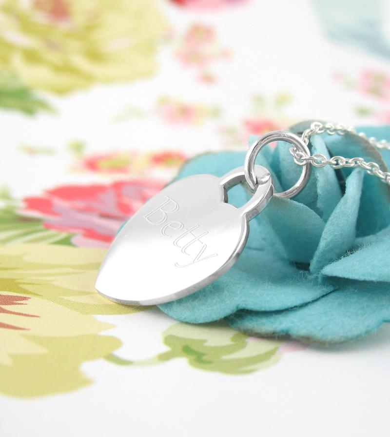Heart-Shaped Engravable Pendant Necklace | woot & hammy thoughtful jewelry