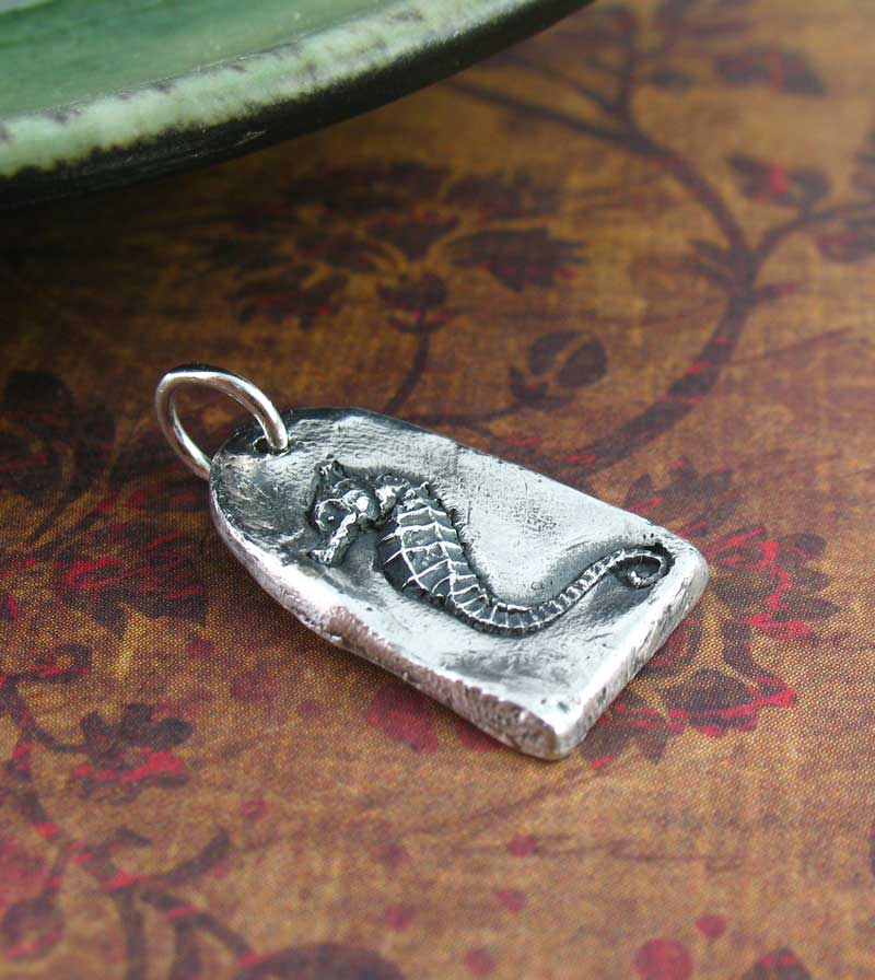 Square-Bottomed Seahorse Pendant, Handmade