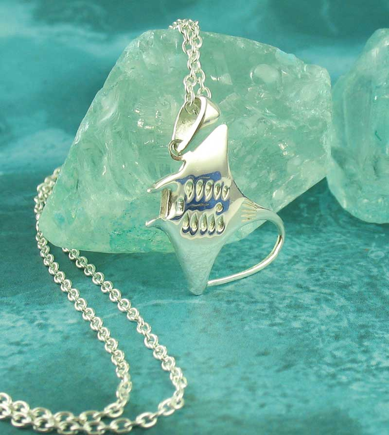 Gleaming Stingray with Whipping Tail Necklace Sterling Silver