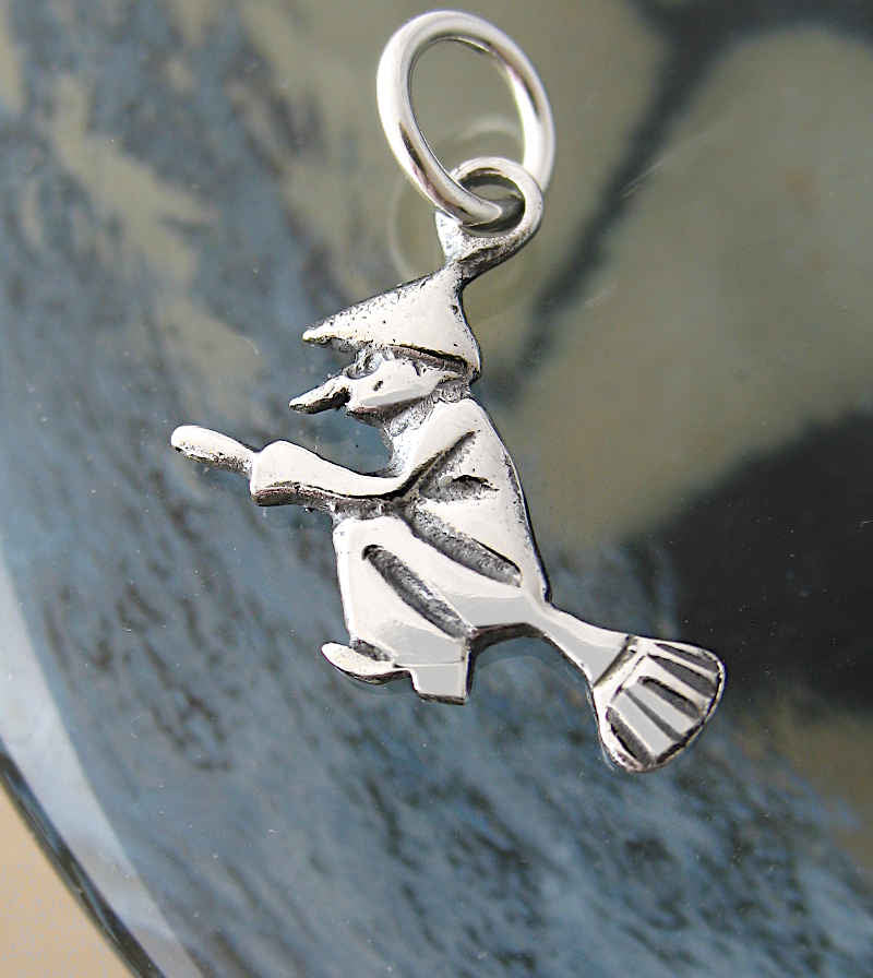 Witch Flying On Broomstick Charm / Pendant | woot & hammy