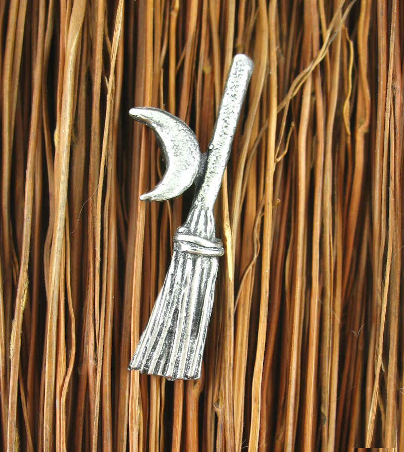 Witch's Broom or Besom with Crescent Moon Pewter Pendant | woot & hammy