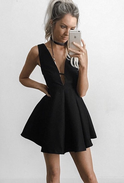 Short Sexy Homecoming Dress, Strapless Black Deep V Neck Homecoming Dress
