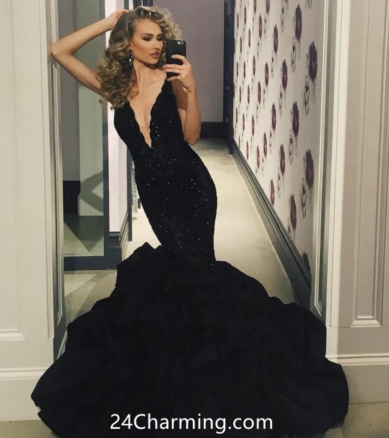 Black Illusion Plunge Neckline Mermaid Prom Dresses Red Lace Applique Pageant Dresses