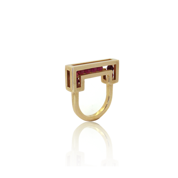 Flow ring yellow gold garnet