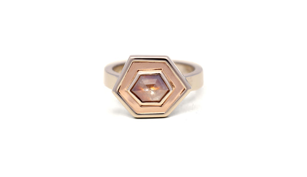 Hexagon Ring Peper en Zout Diamant met granaat insluitsels Custom Made