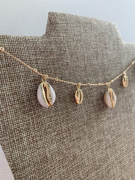 5 bean shell pendant handmade necklace