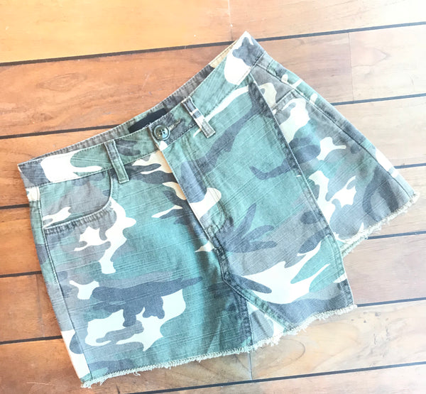 Bella army skort