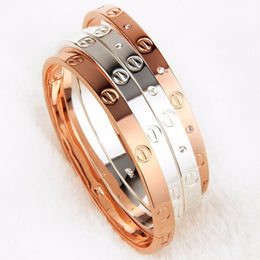 Screw Love Bangle