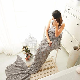 Luxurious Lightweight Mermaid Tail Blanket (Gray)
