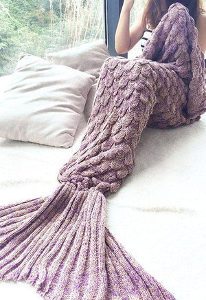 Scalloped Mermaid Tail Blanket