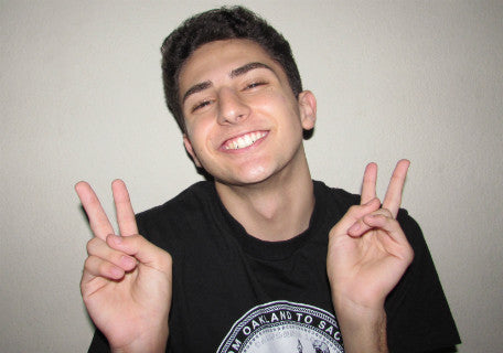 Twaimz: How Smiles Lead to Success