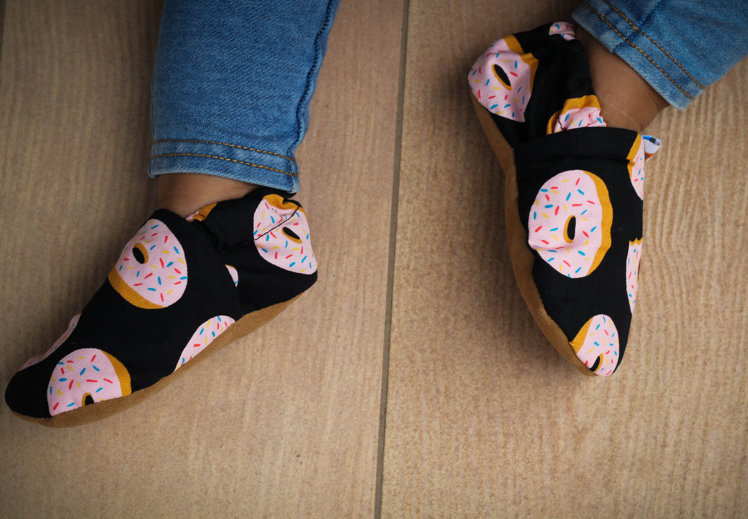 soft sole shoes baby shoes infant shoes donut printed shoes