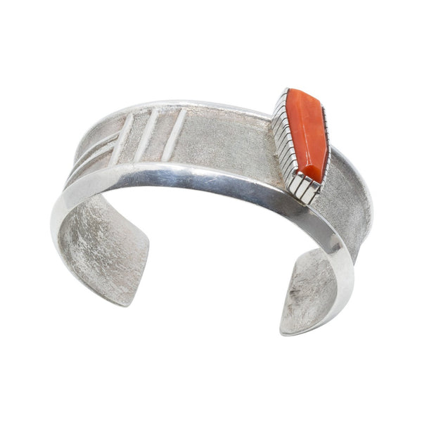 Contemporary Coral Bracelet by Mike Perez Or White Buffalo