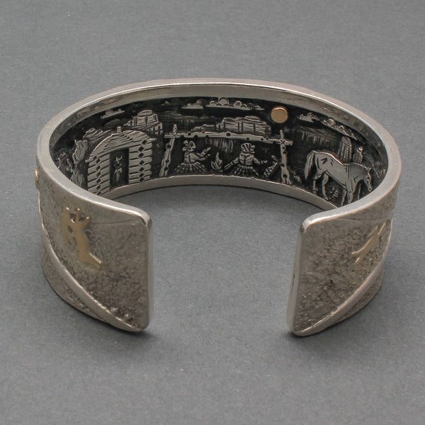Cody Hunter Silver Inner Beauty Bracelet with Story Scene Hogan