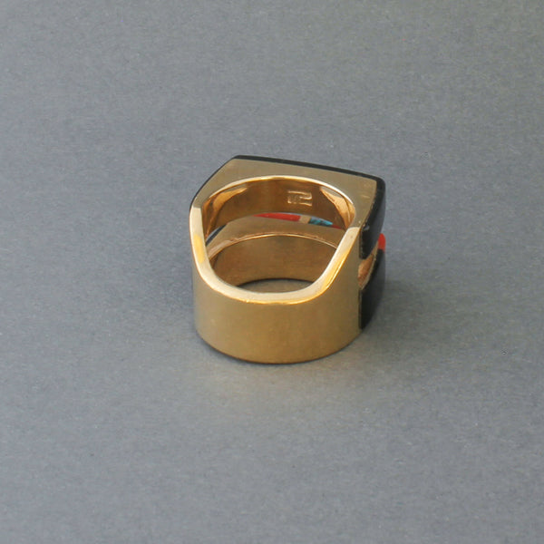 Ring of 18kt Gold With Seamless Black Jade Inlay By Richard Chavez