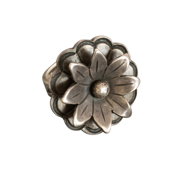 James Faks Ring of Sterling Silver Flower