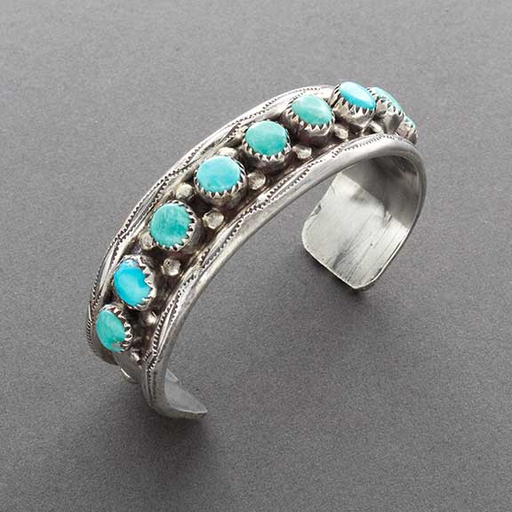 Vintage Navajo Row Bracelet with 9 Natural Turquoise Stones