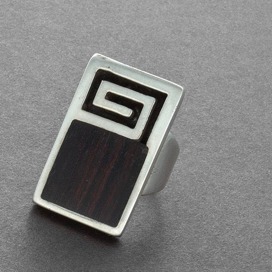 Vintage Navajo Modernist White Hogan Ring of Ironwood and Silver