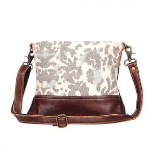 Myra Selfless Shoulder Bag