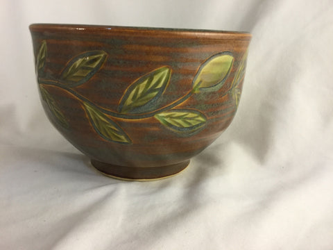 BS-187 Pottery Bowl E Green Leaf  Bonnie Schlesselman