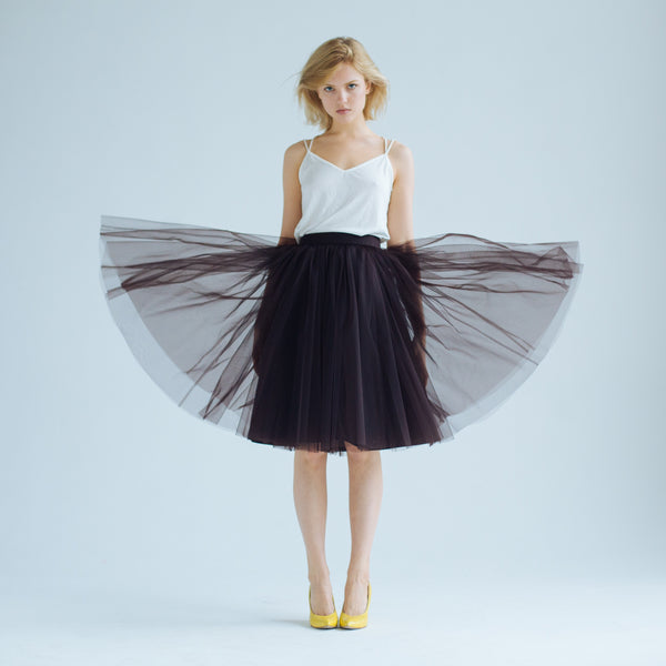 OVER THE KNEE 99% Cacao Odile Skirt