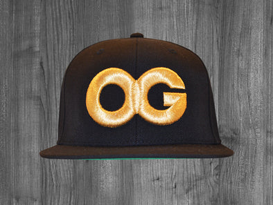 OG SNAP BACK.  BLACK / GOLD