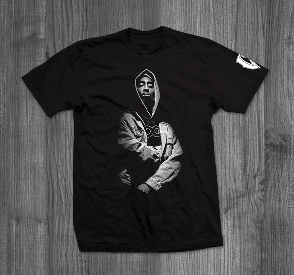 BISHOP T-SHIRT.  BLACK / WHITE