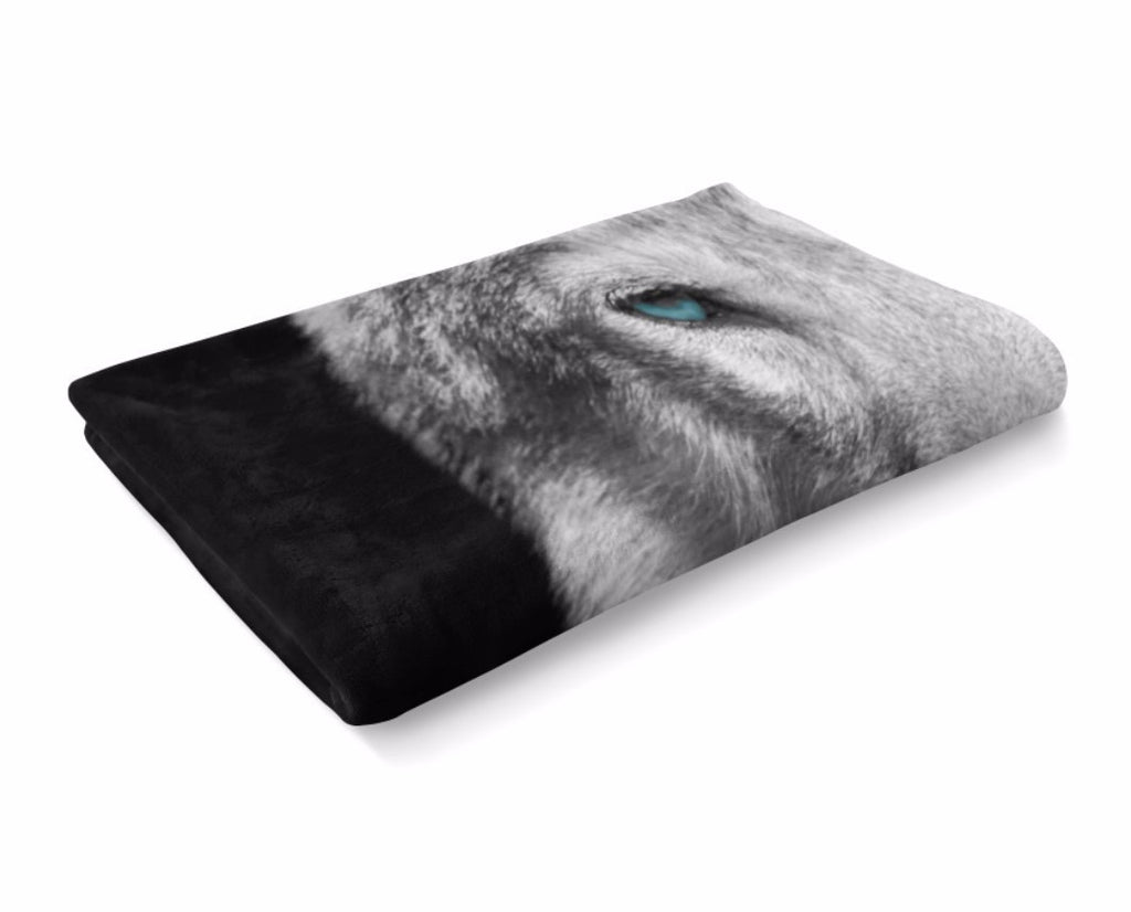 Eyes Of The Wolf Blanket