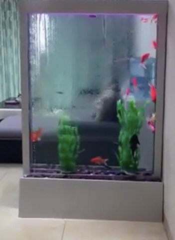 Double sided aquarium waterwall