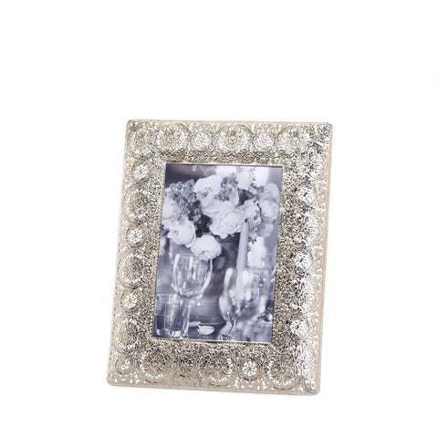 Silver Medallion 5X7 Photo Frame