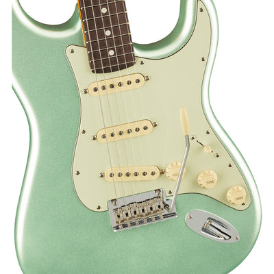 Fender - American Professional II Stratocaster® - Rosewood Fingerboard - Mystic Surf Green