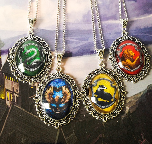 Hogwarts House Crest Large Necklace (Slytherin, Ravenclaw, Gryffindor, Hufflepuff) - Belle Regalia - 1