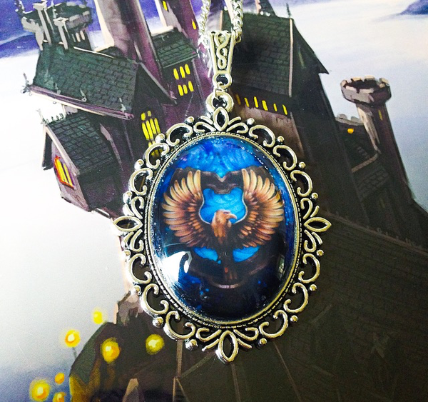 Hogwarts House Crest Large Necklace (Slytherin, Ravenclaw, Gryffindor, Hufflepuff) - Belle Regalia - 3