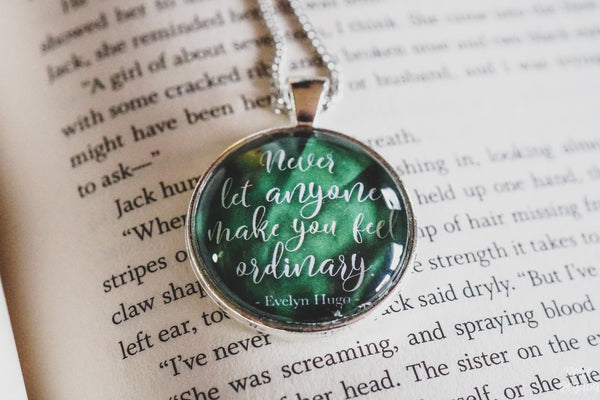 Evelyn Hugo quote necklace