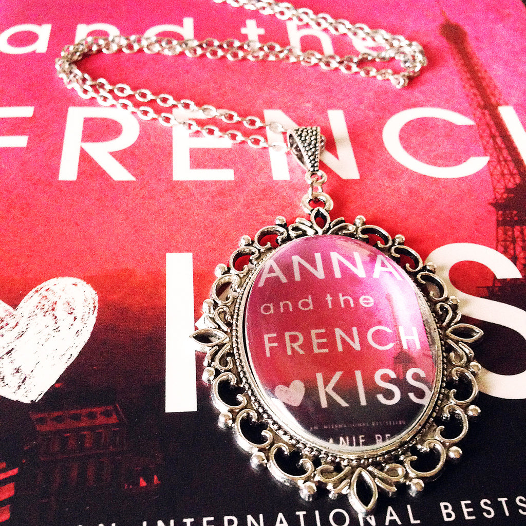Anna and the French Kiss Large Necklace - Belle Regalia