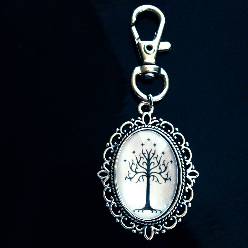 White tree of Gondor Keyring (white background) - Belle Regalia - 1