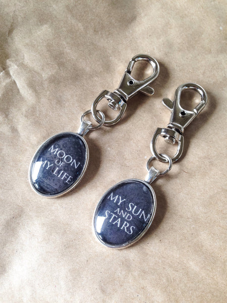 Game of Thrones Anniversary Couple Gift Idea - Sun and Stars Keyring - khaleesi and khal drogo moon life keychain - Belle Regalia