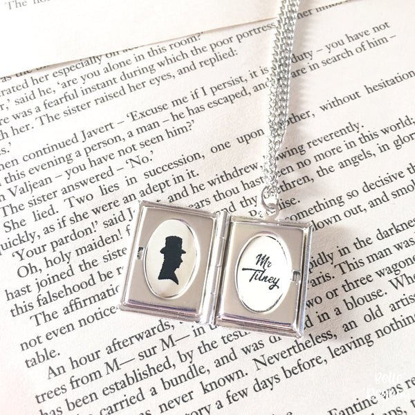 Jane Austen locket - Book Boyfriend