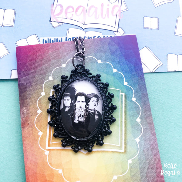 Gothic girl trio necklace - small