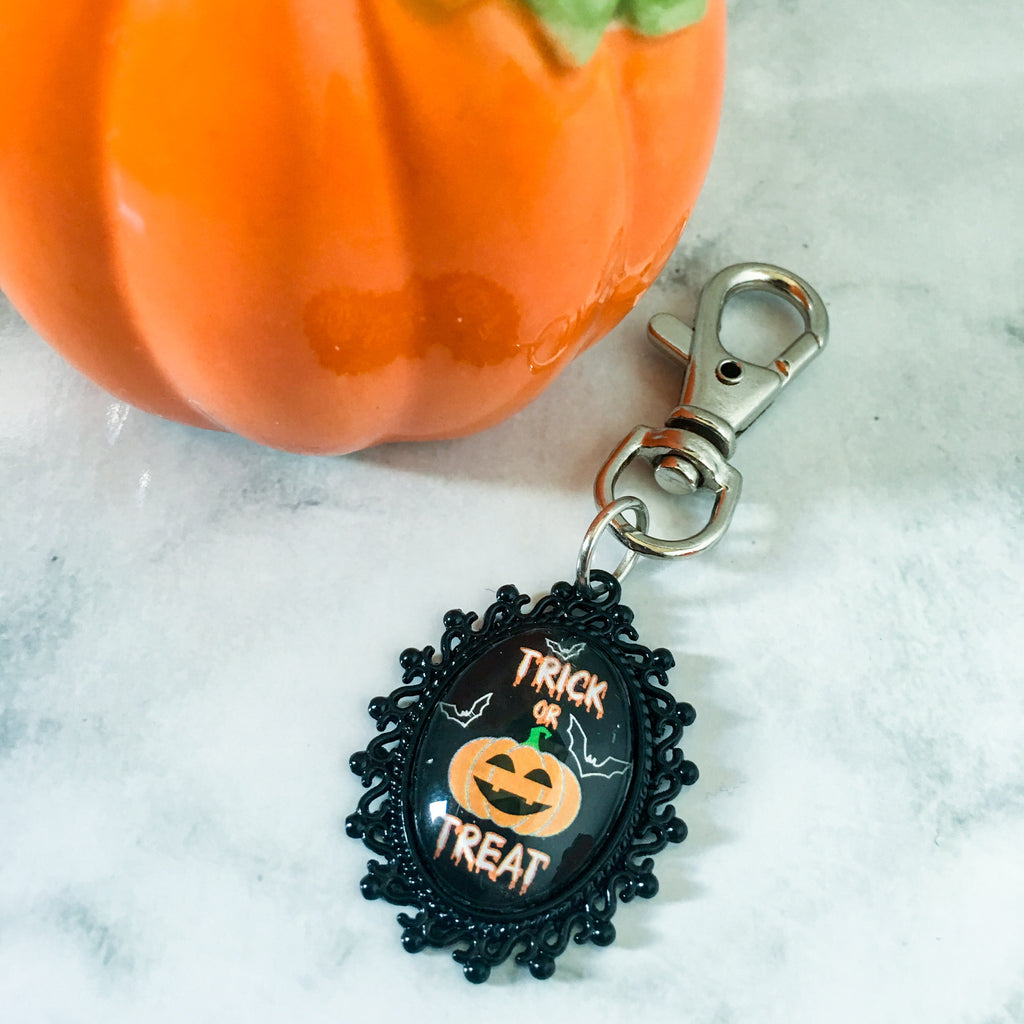 Trick or Treat Keyring