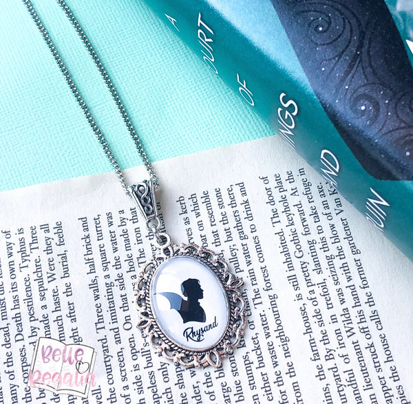 Rhysand Silhouette Necklace