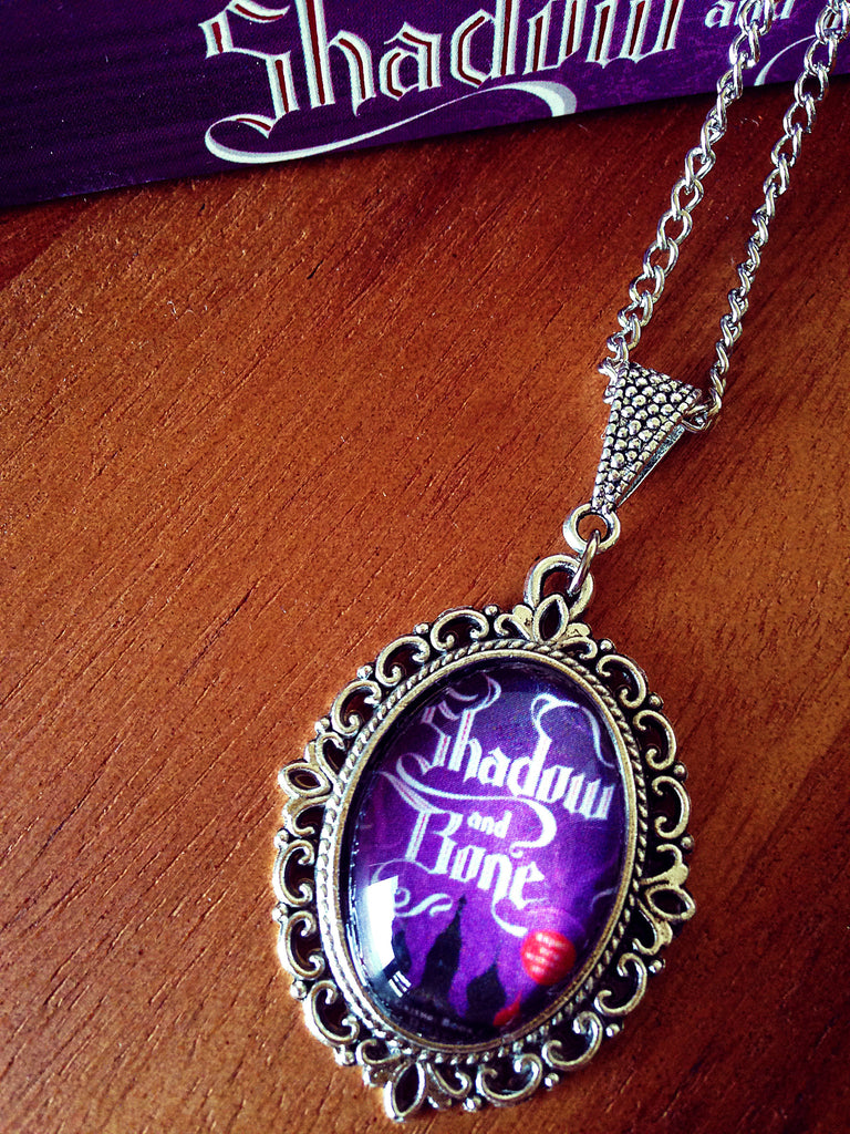 Shadow and Bone Book Cover Necklace (small) - Belle Regalia - 1