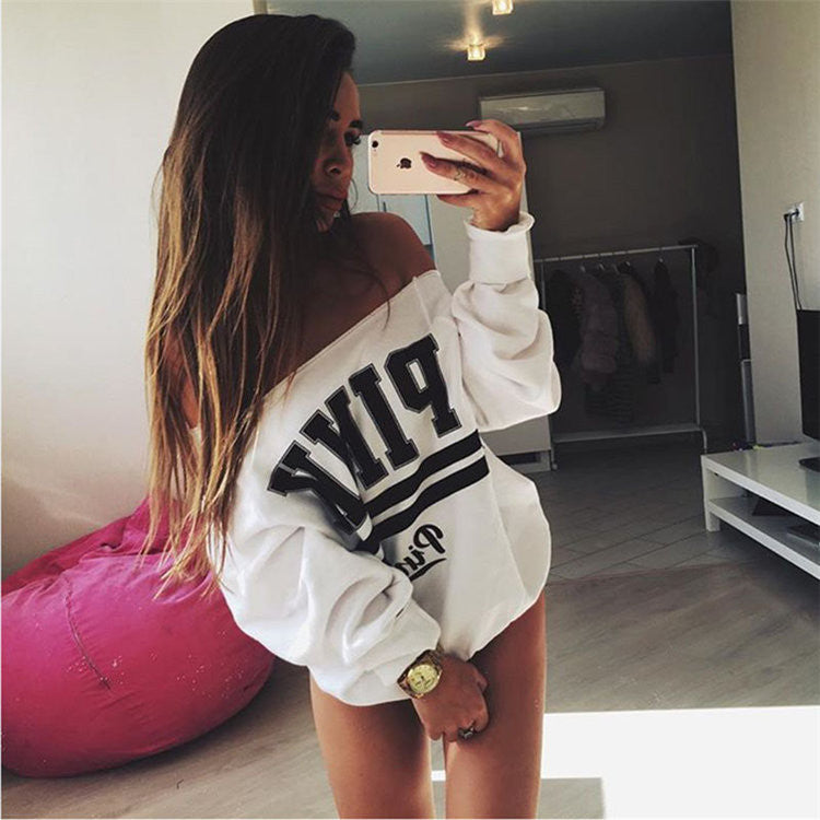 Word shoulder long-sleeved sweater